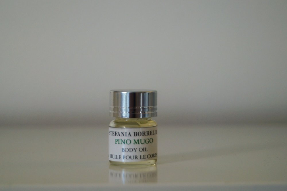 PINO MUGO (Dwarf Pine) from Trentino -Alto Adige  Aroma: Soft, pleasant, woody, green, sweet, resinous-coniferous bouquet with a delicate balsamic-nutty undertone