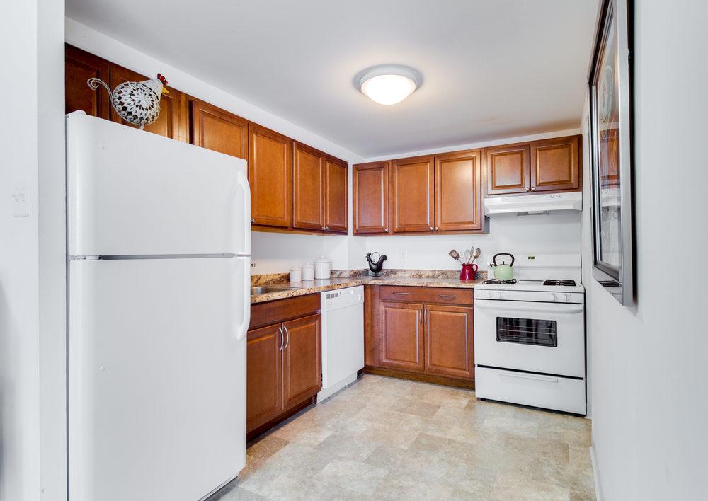 101 S Whiting St Alexandria VA-print-011-23-Kitchen-4200x2974-300dpi.jpg