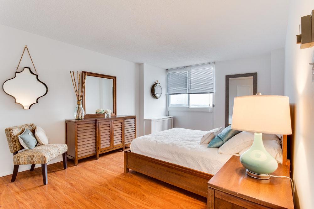 101 S Whiting St Alexandria VA-print-016-8-Master Bedroom-4200x2800-300dpi.jpg