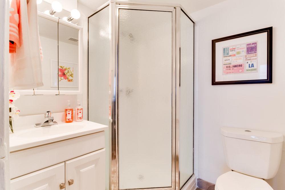 101 S Whiting St Alexandria VA-print-020-25-Master Bath-4200x2800-300dpi.jpg