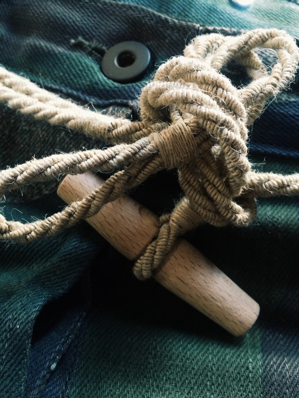 Rope and duffle toggle as a belt