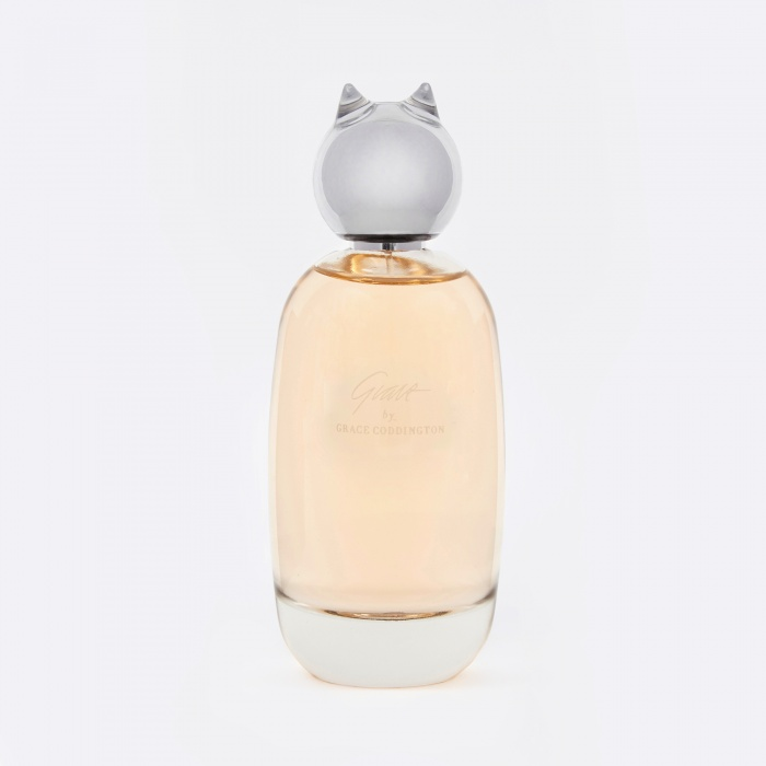 - Goodhood Stores | Comme Des Garçons Grace by Grace Coddington - Risky strategy buying perfume for someone else, but when it combines Grace Coddington, Comme Des Garçons and cats, how wrong can you be? It's described as having a citrus freshness, with a hint of mint and basil leaves wrapped around spicy notes of cardamom and pink peppercorns.