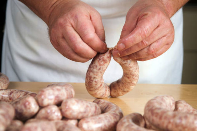 Sausage Making Workshop - Does your friend love a good sausage? Perfect. This is for them. This class is based in Northumberland, but there are plenty to choose from around the country. Perfect afternoon spent for two people to get some new found skills and potentionaly a laugh along the way.