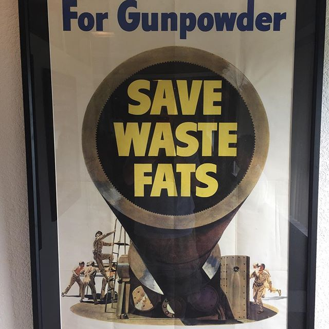 Do it! #photooftheday #2017project #ww2 #worldwar2 #fat #poster #propaganda #vintage #civicduty
