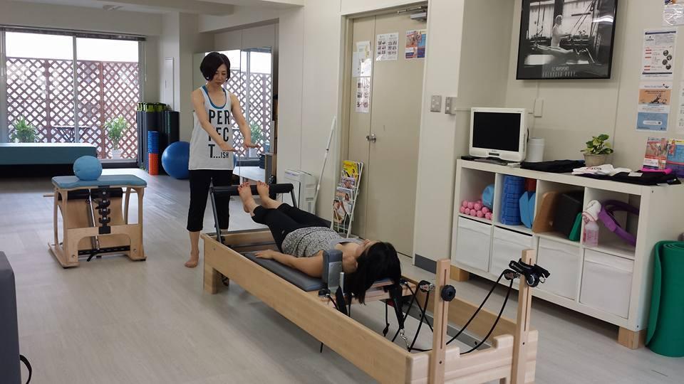 Minako_teaching.jpg