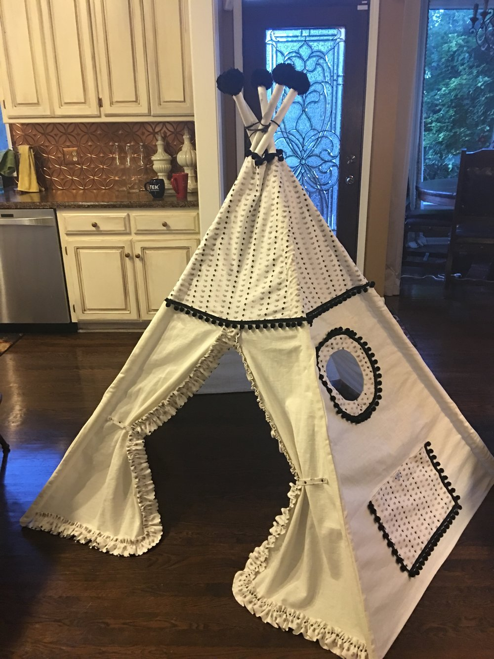 Girls Teepee (1).JPG