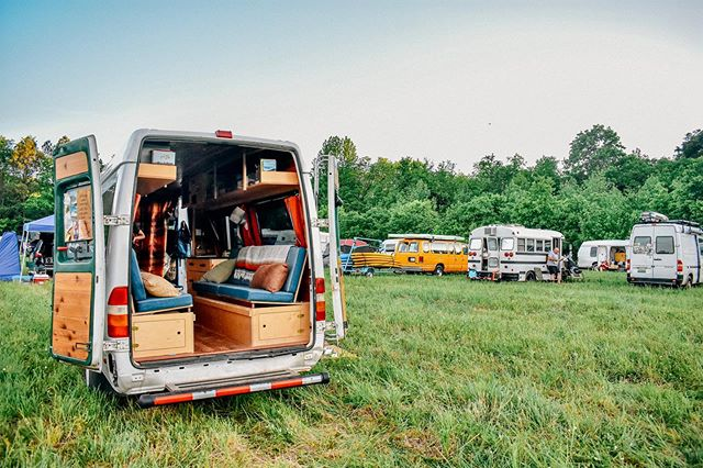 We are SO EXCITED to be surrounded by fellow #vanfolk this weekend at the Midwest Vanlife Gathering!! Who else is as stoked at we are?! . #vanlife #vanlifegathering #vanfriends #community #homeiswhereyouparkit #vanlifediaries #midwest