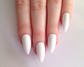 Website Stiletto Nails.jpg