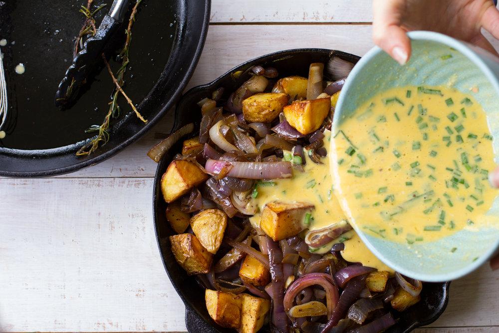 Smokey caramelised onion frittata-10.jpg