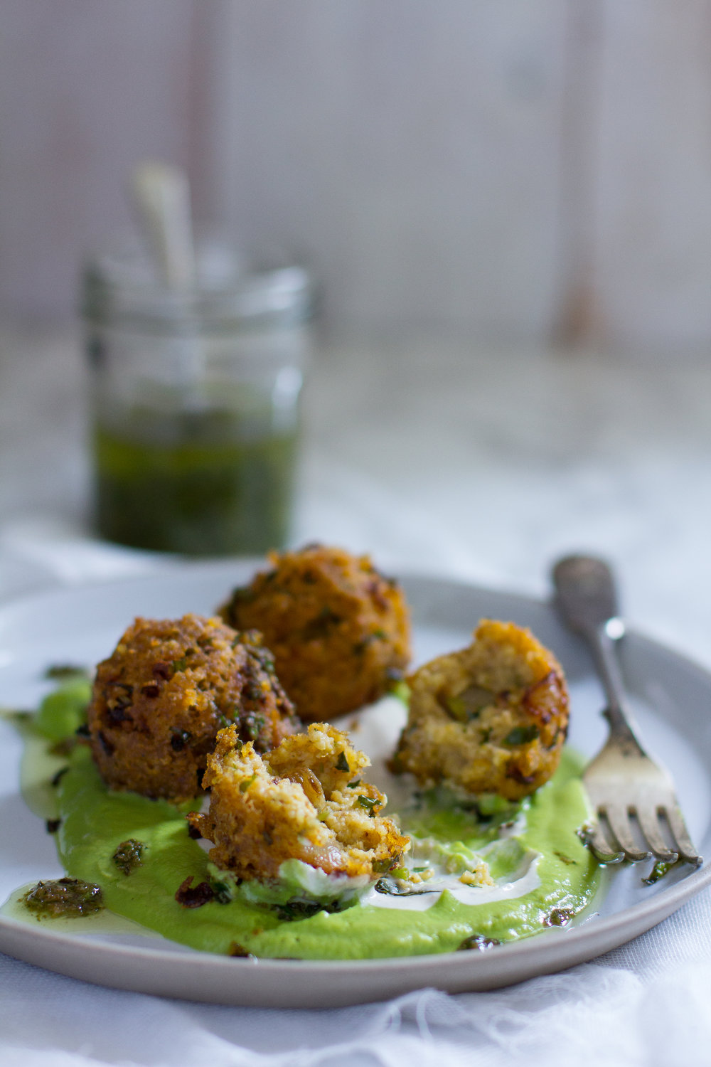 Crispy, preserved lemon and mint millet polpette in a silky pea puree. This will satisfy your comfort food needs while keeping the flavours fresh and light.