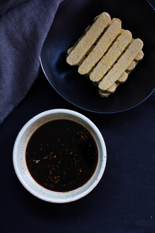 Smokey marinated tempeh