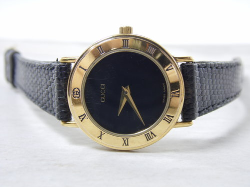 7a152f61845 Vintage Real Authentic Gucci 3000.2.L Womens Ladies Roman Numeral Bezel  Black   Gold Dial Adjustable 10mm Leather Strap Swiss Watch ETA 980.003.  SAM 5341.