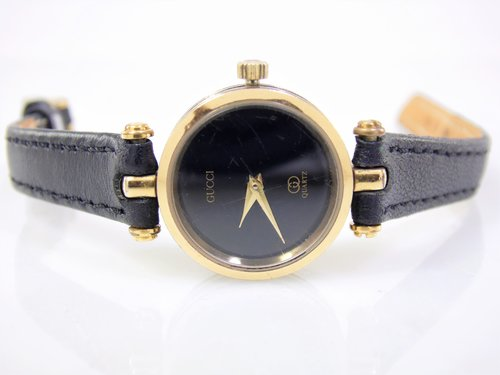 b087e2bfed6 Vintage Womens Ladies Petite Black   Gold Authentic Gucci 4.83 Luxury  Designer Swiss Quartz Watch ESA 961.001. SAM 2532 (2).JPG