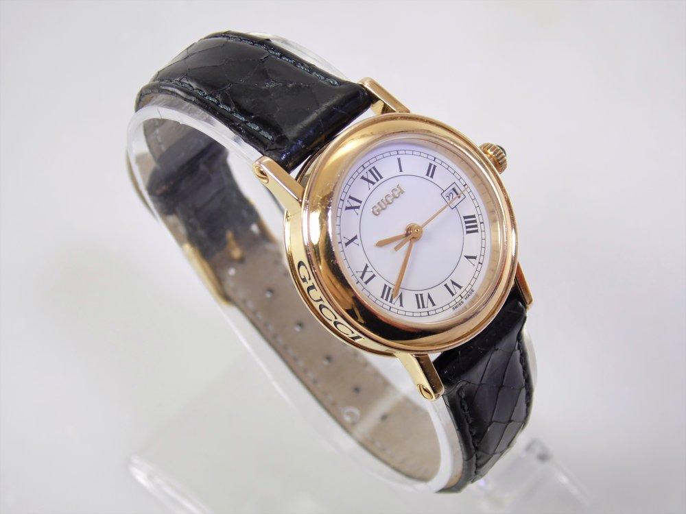 23625b1da70 Rare vintage womens ladies gold authentic gucci roman numeral luxury  designer calendar date swiss quartz watch