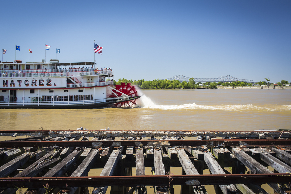 Natchez_Paddle_Steamer-141070.jpg