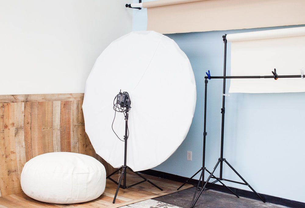 Studio Rental - Did you know that I offer my studio to other local photographers? I am happy to share my 350 sq ft studio and props to help you as a creator!MileStone Photography is apart of the New Manchester Flats building located right off of the 95 interstate off the Maury Street exit - super convenient to Richmond!Offering rates for hourly, 5 hour, and 10 hour usage to make sure you have plenty of time for your projects!