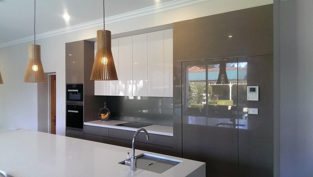 Kitchen1a.jpg