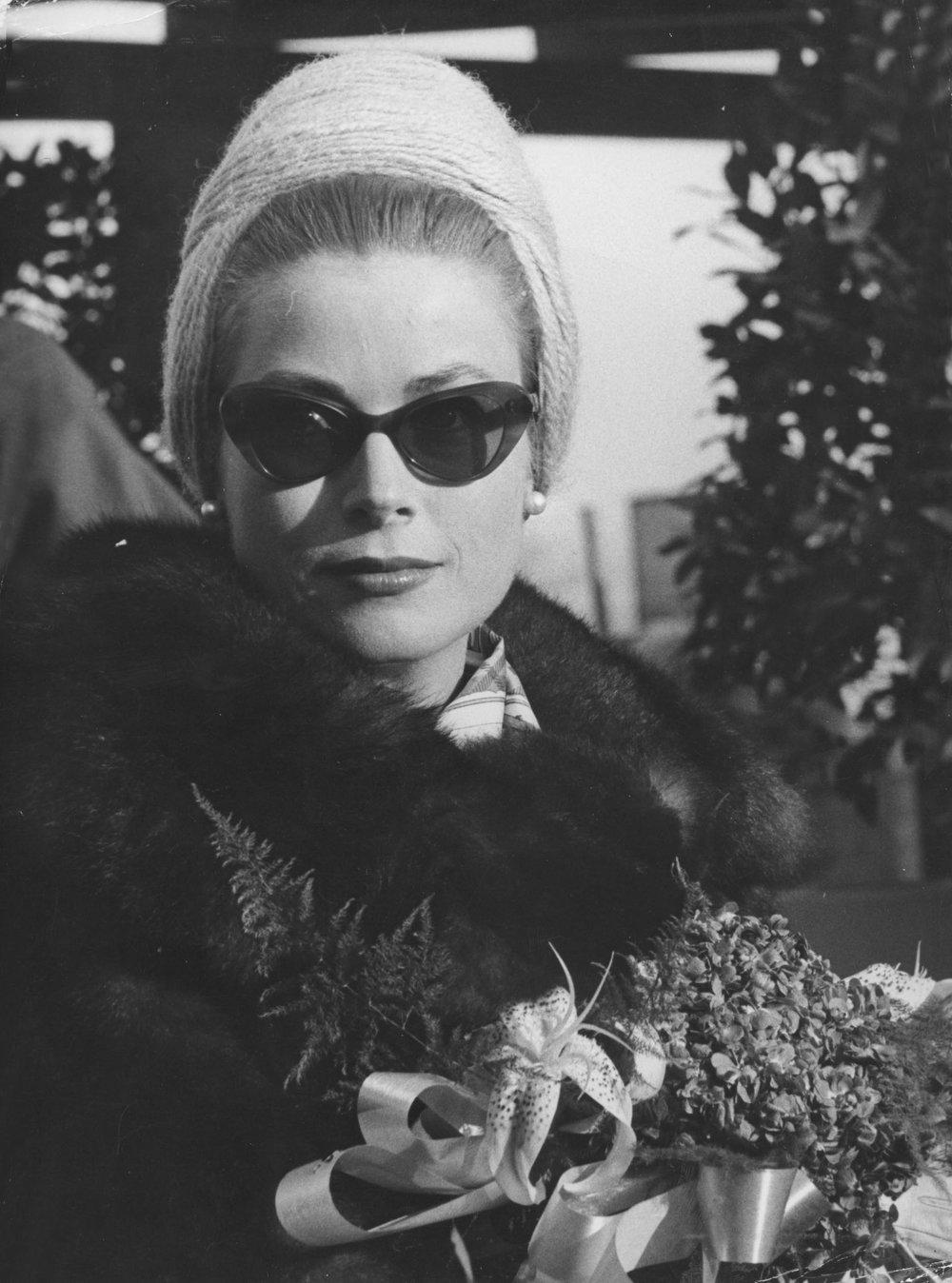 Grace Kelly wearing Oliver Goldsmith