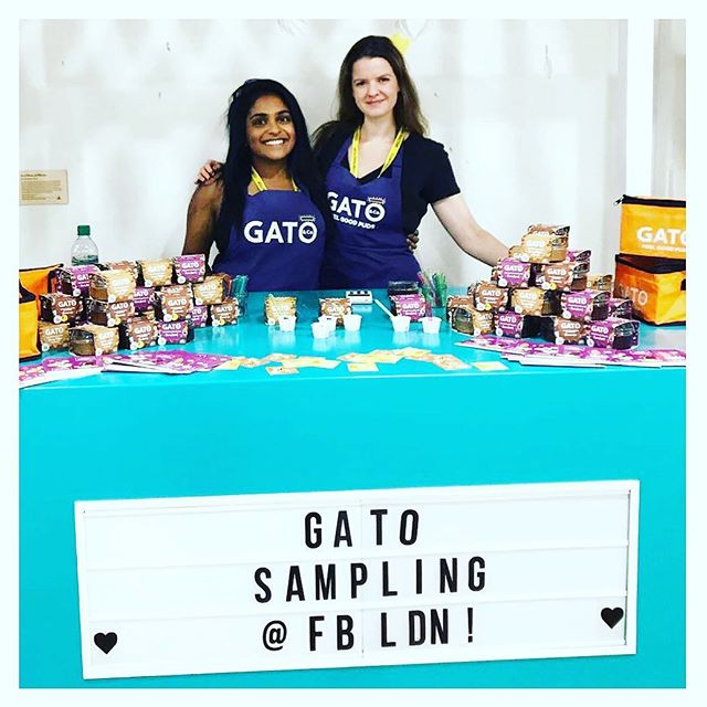 All smiles for #friyay 😊! Kim and Tania have been spreading the Gato love 💜this week and have been giving the lovely people @facebook a taste of our scrumptious puds🍰 🤤...let us know if you'd like us to visit your office 👀🙌🏻.