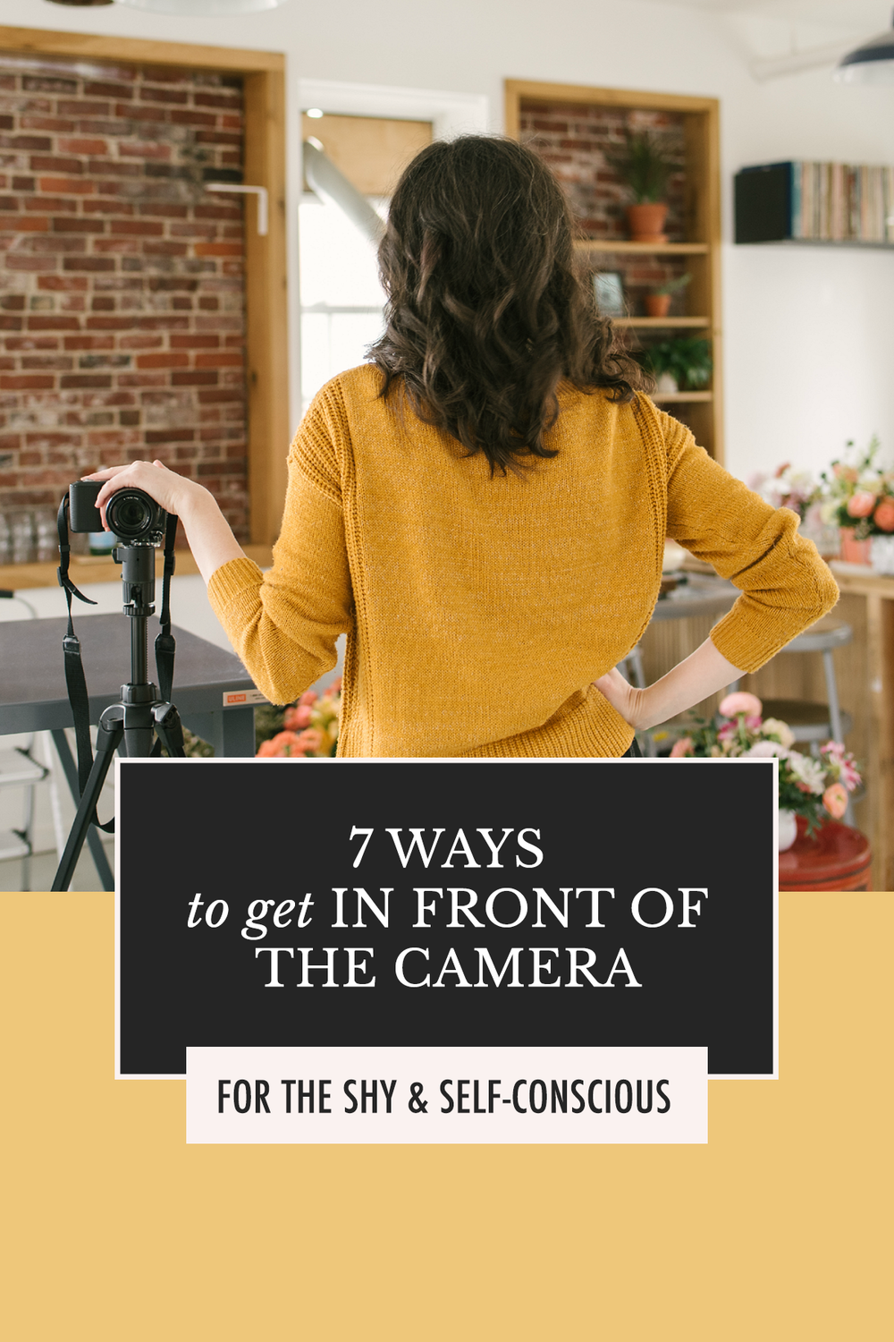 Photo poses and photo ideas for introverts | 7 Ways to Get Out in Front of the Camera for the Shy & Self-Conscious | Alexis the Greek blog