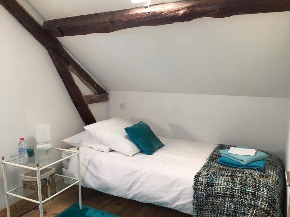 room 10a __ chambre turquoise 10a gite __IMG_3518.JPG