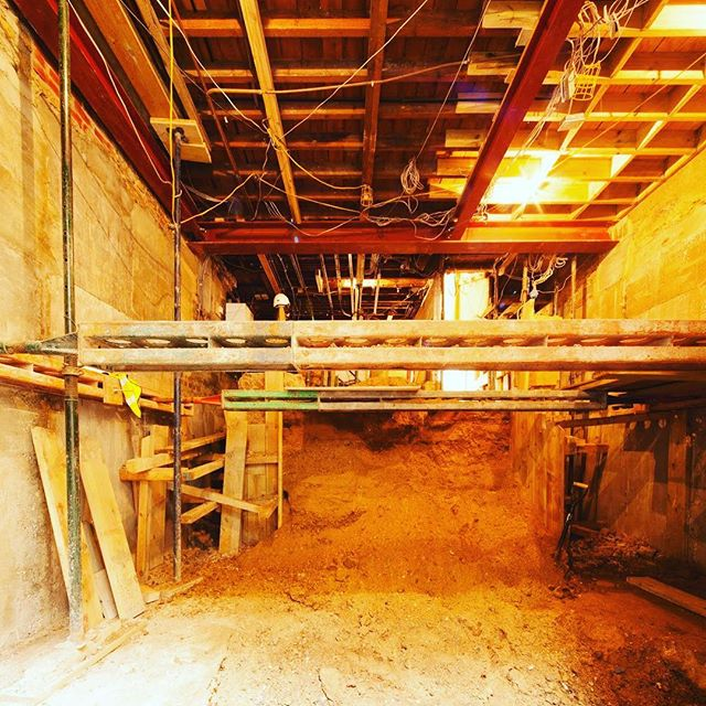 Digging the Friday feeling in London 👷 gonna be a great space with a 3.4m finished height. #jf_projects #construction #basement #structure #structuralengineering #architecture #groundworks #underpinning #london #jonathanfashanudotcom www.jonathanfashanu.com