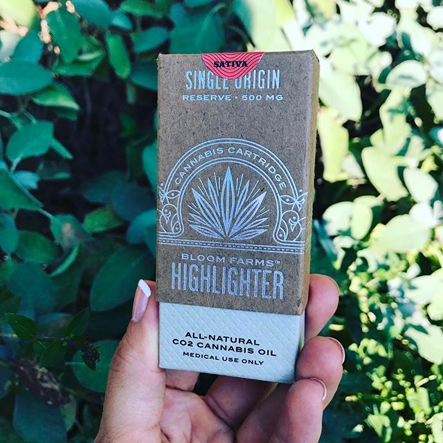 Mindful Canna is working with @bloomfarms  for some super tasty and organic sour diesel highlighter pens. Check your local dispensary to try this Amazingness!!!#garden #dabs #soil #garden #love #nug #kush #sourdiesel #hightimes #organic #green #weed #lovewhatyoudo #chalicefestival #harvest #plants #native #yumm #lifestyle #og