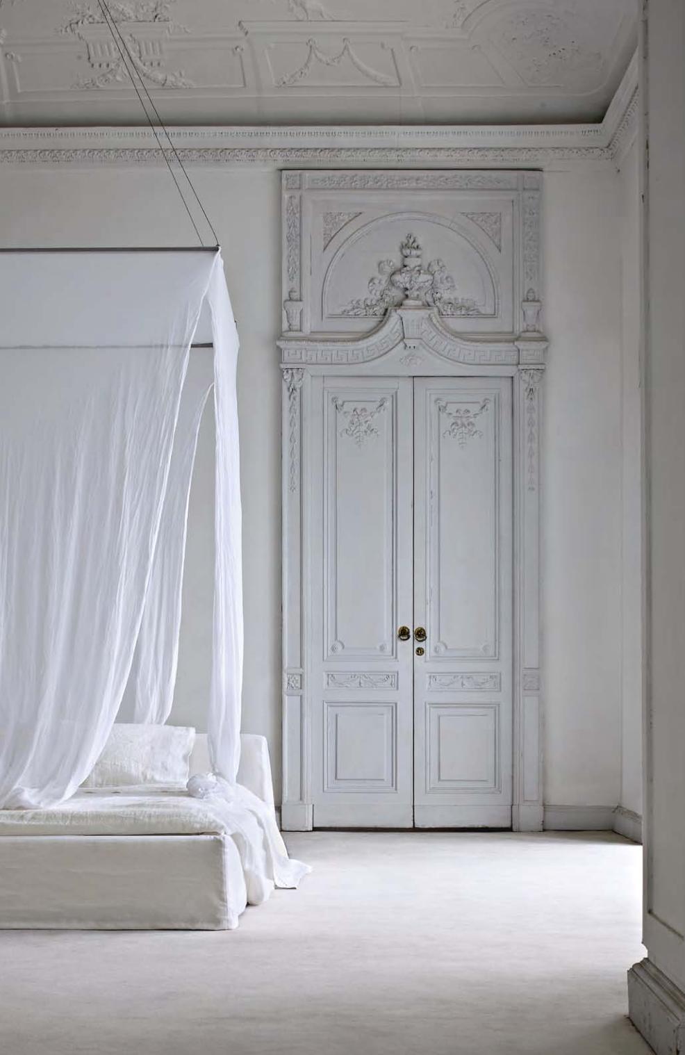 Sheidò Bed Linen Set  - Inquire
