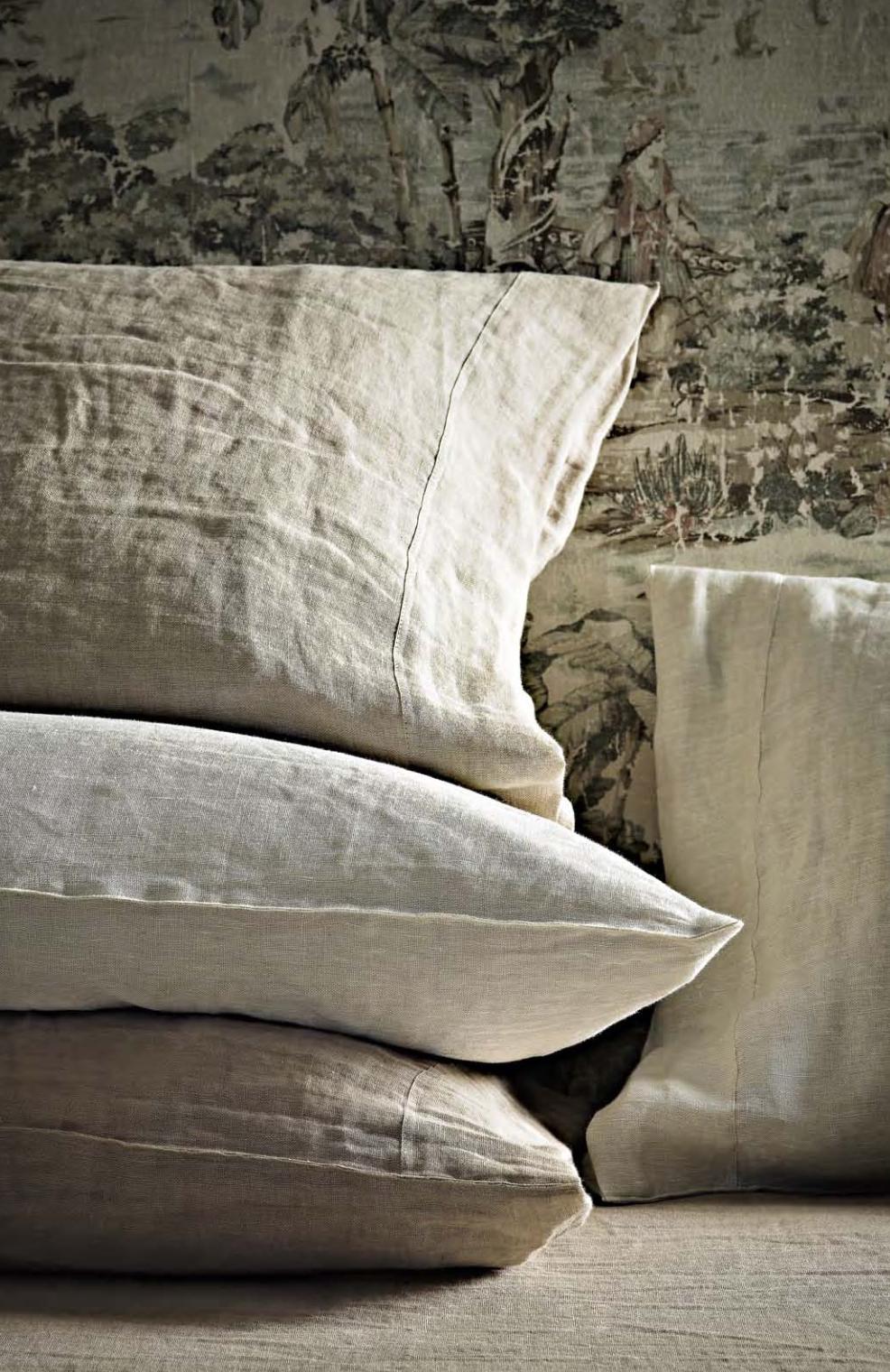 Sheidò Linen Cushions  - Inquire