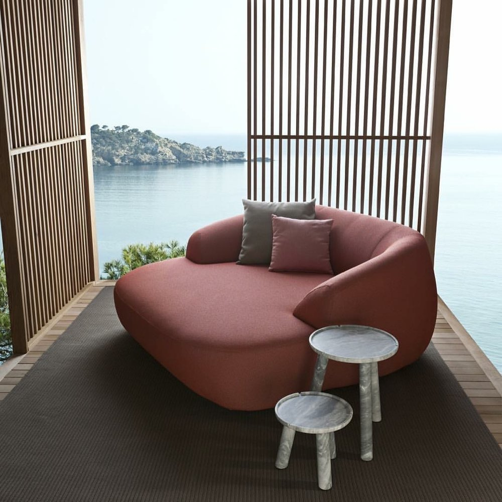 Palau Daybed    -  Inquire
