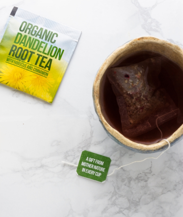 Floral yet bold, Dandelion Root Tea is a perfect addition to your healthy (holiday) routine.