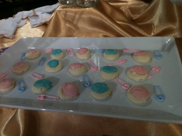 Gender-Reveal-Cookies.jpg
