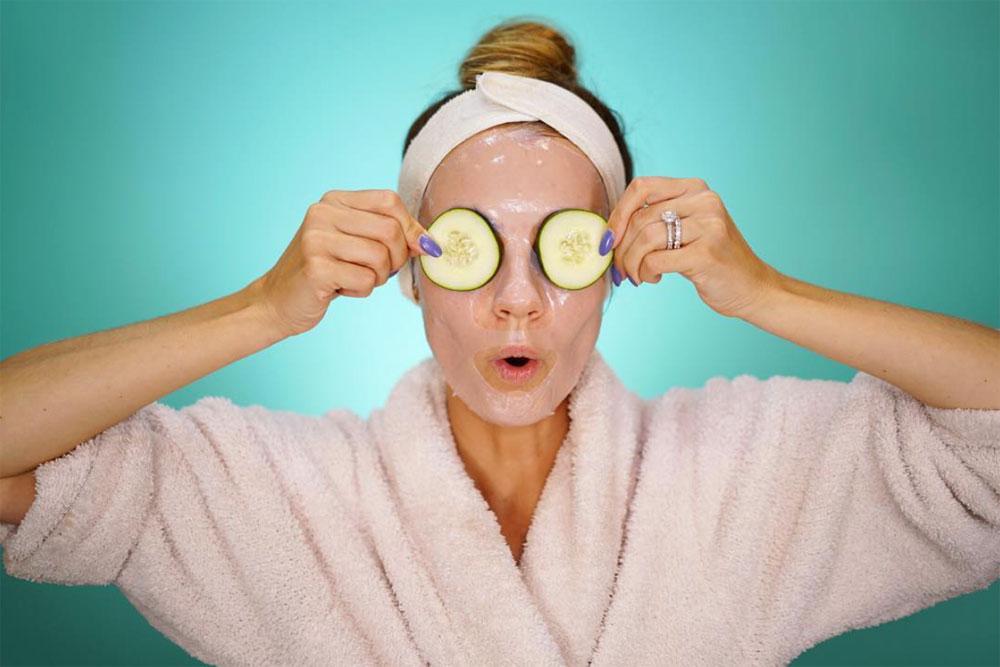Angela-Lanter-cucumber-facial-mask.jpg