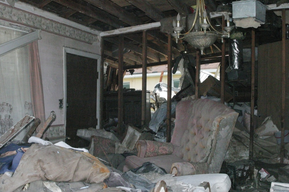 lower-9th--unliving-room_3497508783_o.jpg