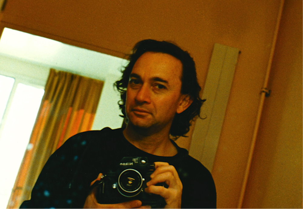 TONY MANIATY, 'SELFIE' IN MIRROR, KEESING STUDIO, PARIS, 1989