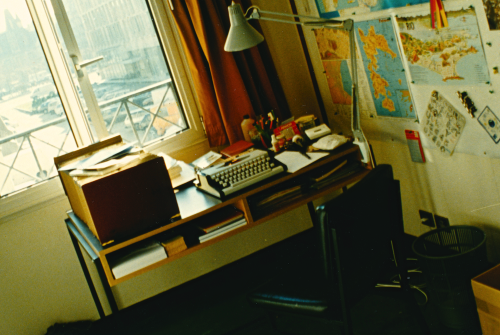 WRITING DESK, KEESING STUDIO, PARIS, 1989