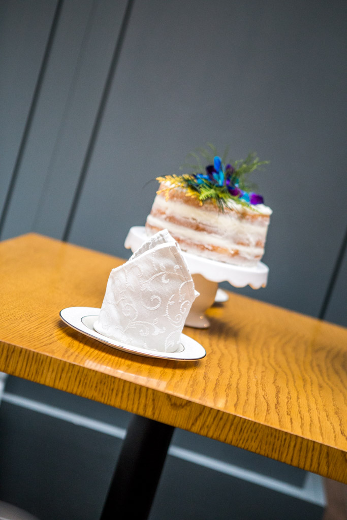 naked cake columbus cream
