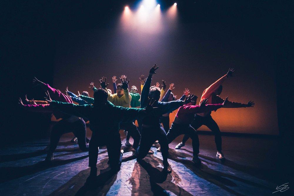 diSiac Dance Company: CHROMA