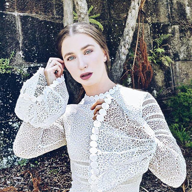 CASSANDRACHLOE.COM 🎶👗 . . . . #ministryofstylethelabel #pandoraaustralia #fashiontip #bloggersau #bloggersaustralia #fahionblogger #sydneyfashionstyle #streetstyle #lace #dress #musicreview #musicbloggers #newpostup #check #whatsgood #link #inbio #fashionbloggerstv