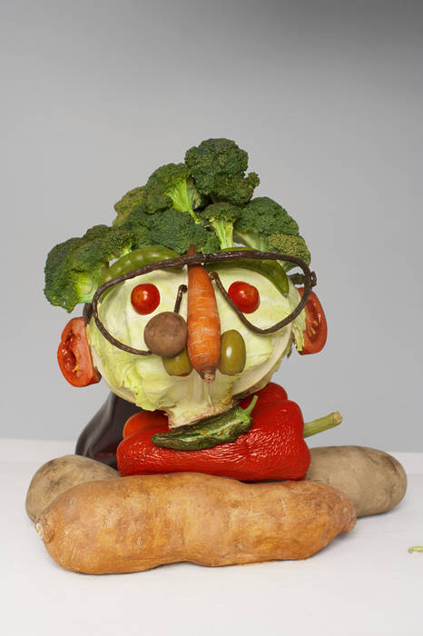 Double Veg Head (Fresh) , 2008, bronze, vinyl paint, 27.9 x 55.9 x 44.5 cm, Tony Matelli.