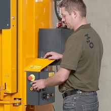 The Baler has a simple and safe control panel.