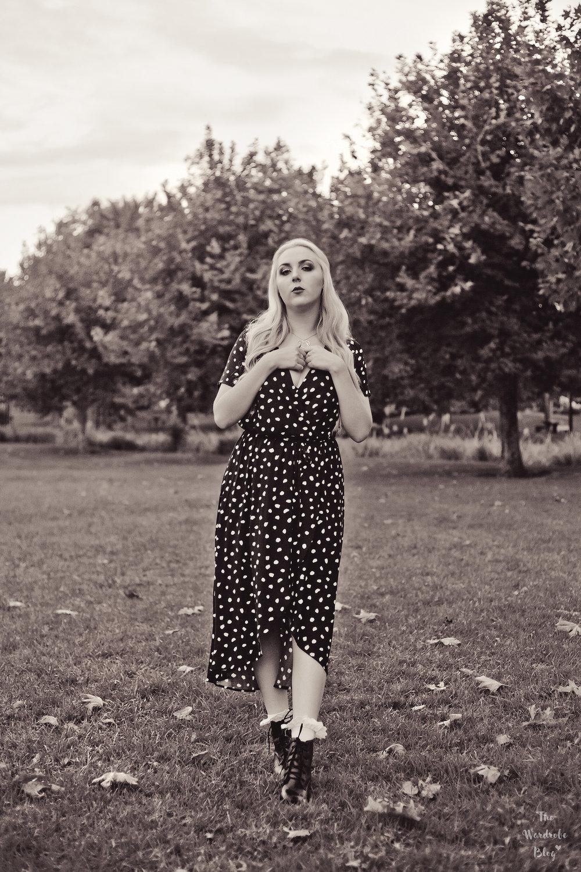 Autumn-Light-Black-White-Polka-Dot