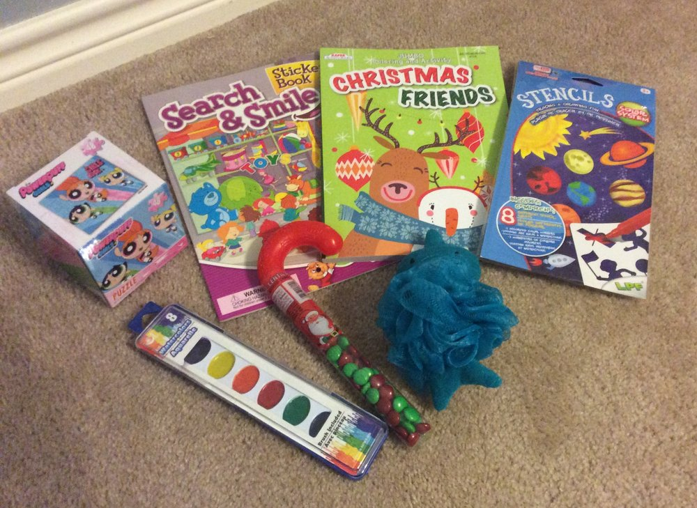 7 Stocking Stuffers (Dollar Tree $7.00)