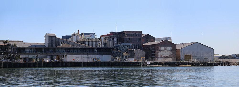 wharfsidePanorama2sm.jpg