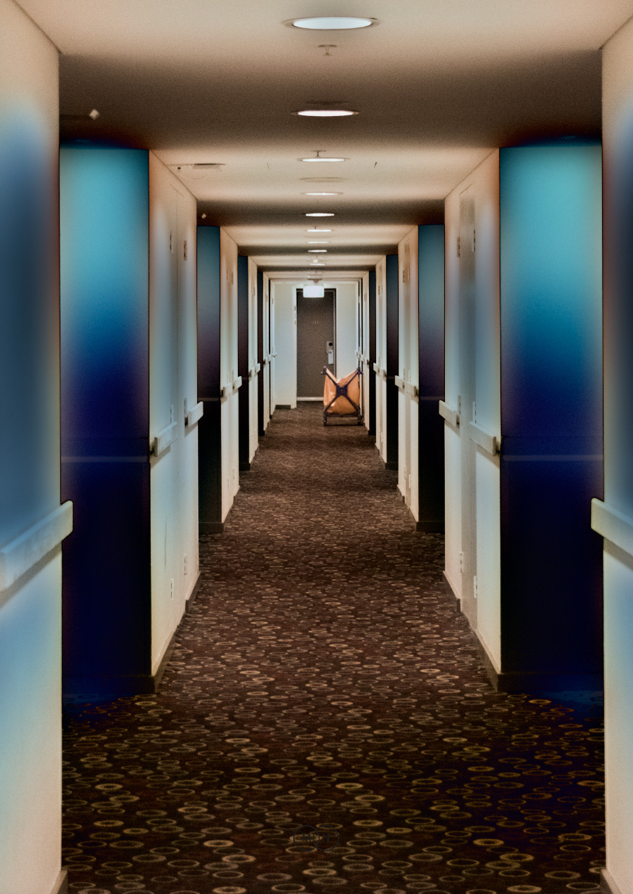 HotelCorridor.jpg