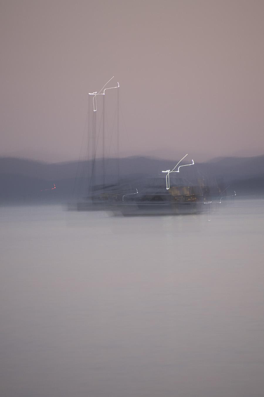 YachtOnWater 1865PacSM.jpg