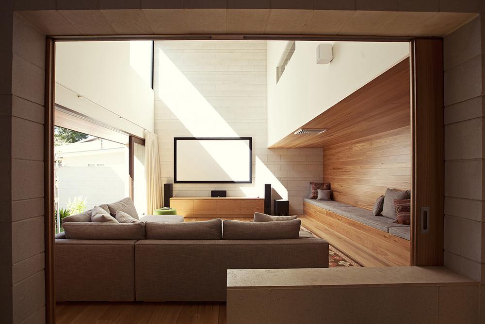 tv-room2.jpg