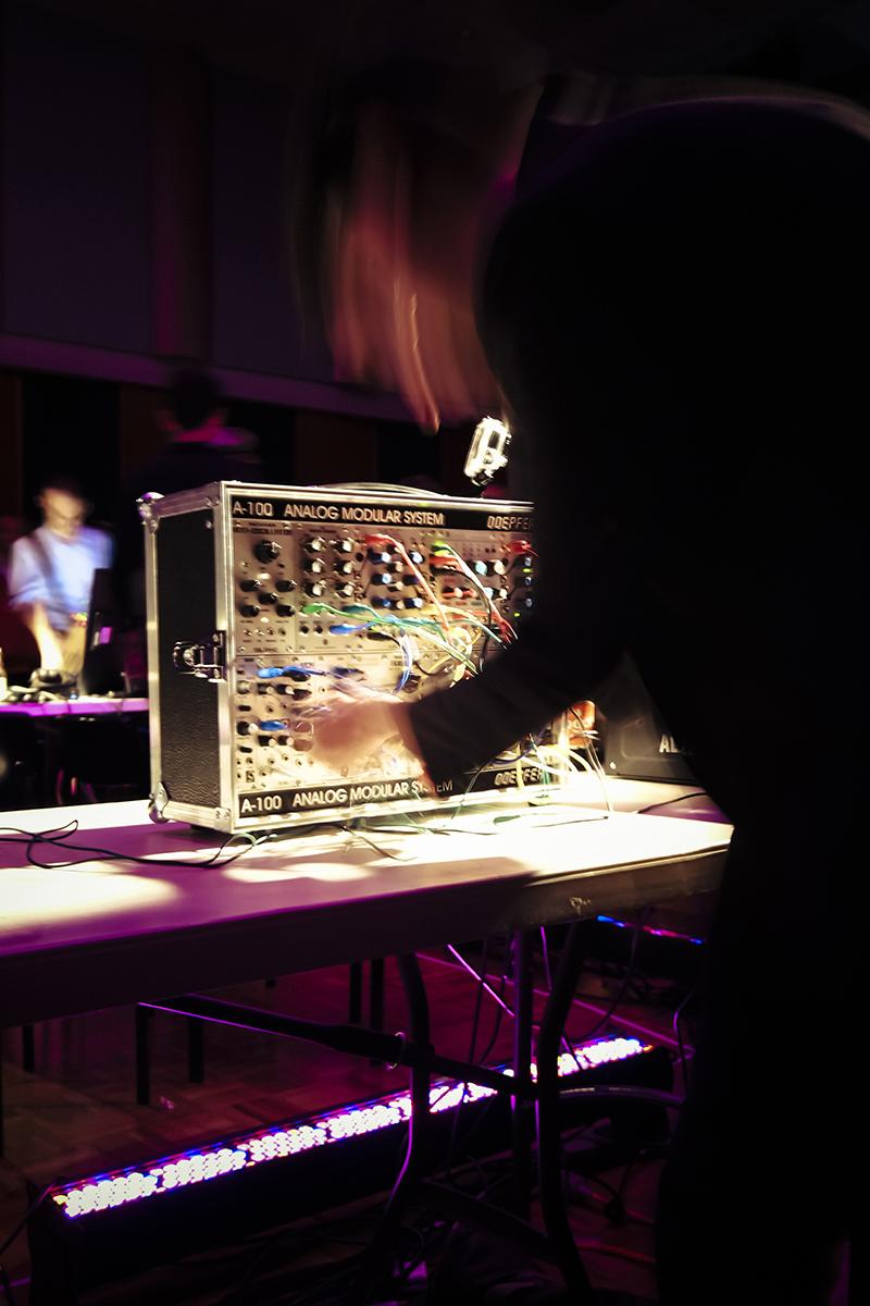 bris-synth-orchestra-4.jpg