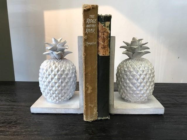 pineapple book ends.jpg