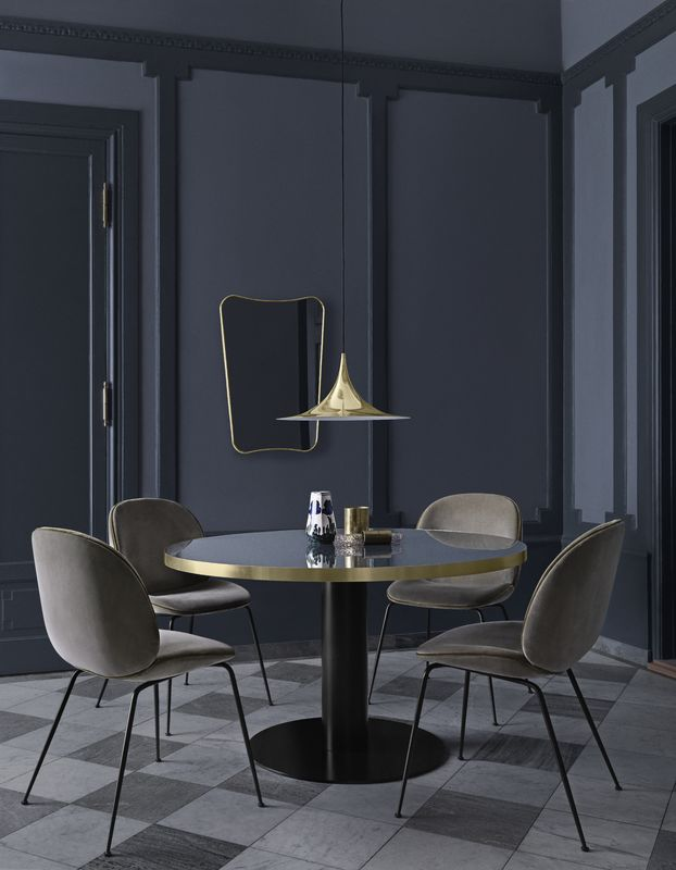 Gubi Dining table 1.0